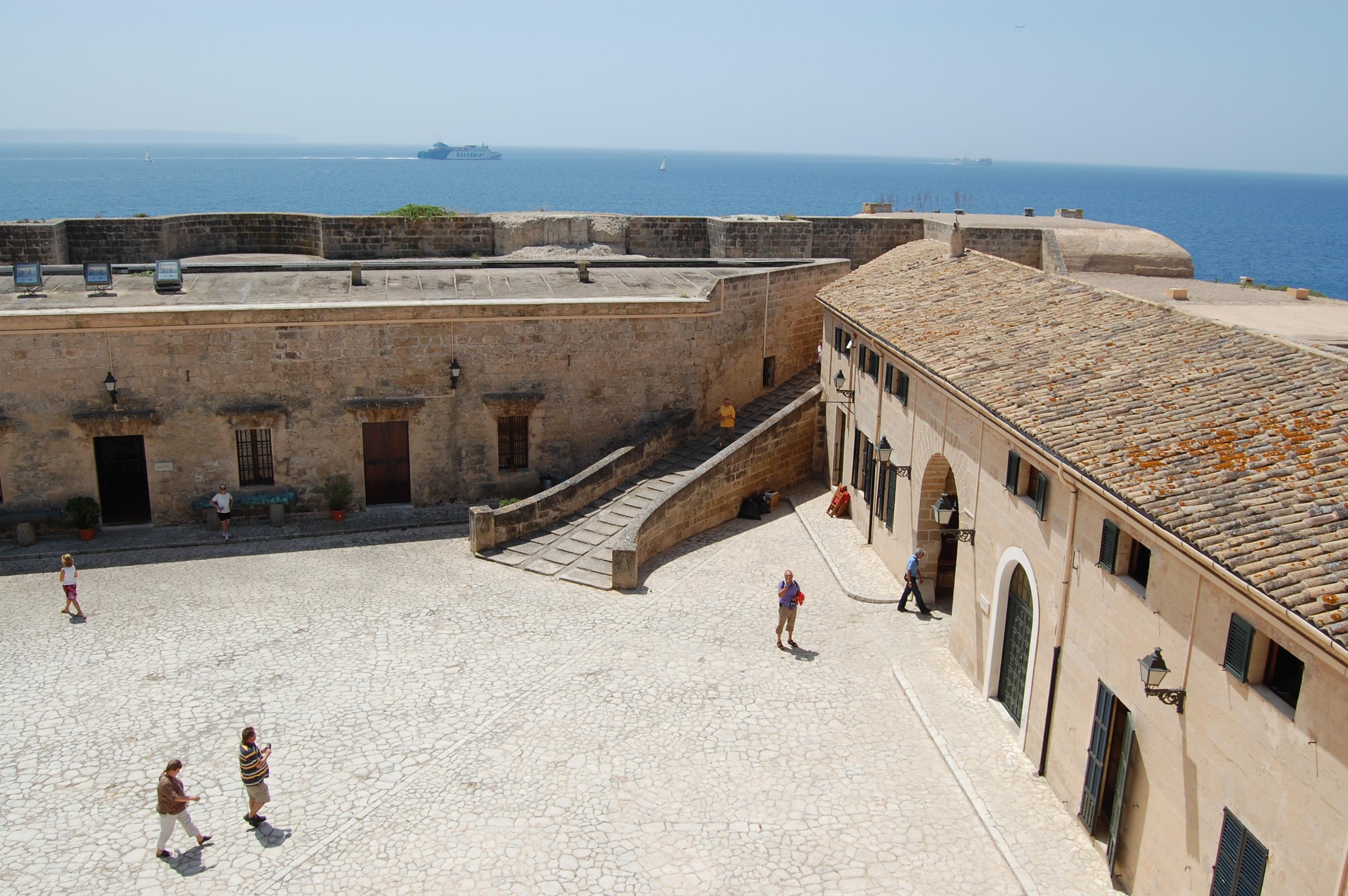 Post Thumbnail of Jornada de puertas abiertas en el Castillo de San Carlos en Palma de Mallorca